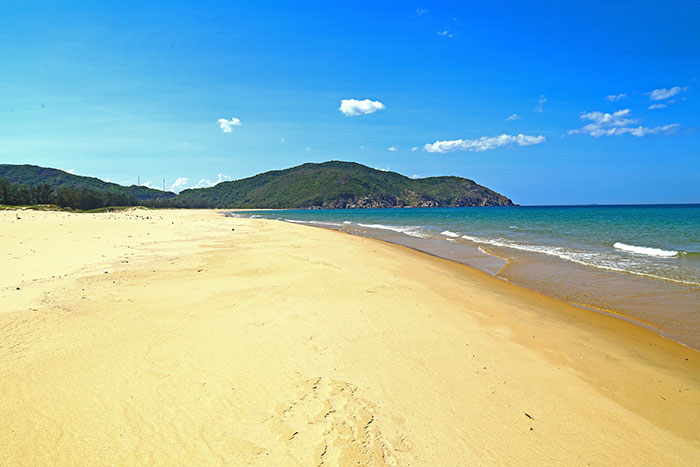 seaside stay quy nhon beautiful beach north